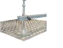 Suction plate suspension with top and bot- tom springs for gentle handling and ideal load balance on more than 4 suction plates